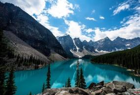 北极光耀—温哥华、国家公园 & 北极光11日游